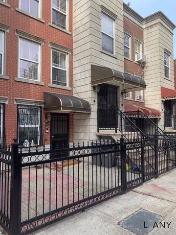 Photo of 369 E 157th St, Bronx, NY 10451