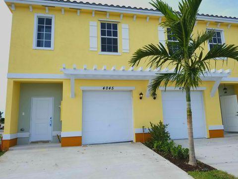 Photo of 4040 Nw 10th Pl, Lauderhill, FL 33313