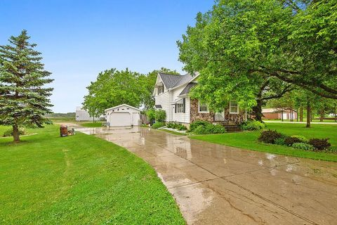 Photo of 1528 Phillips Rd, Green Bay, WI 54311