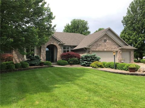 Photo of 1049 Morningside Dr, Greenfield, IN 46140