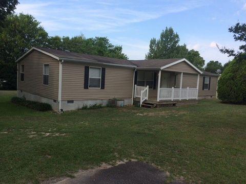 104 Calvin Dr, Centerville, GA 31028