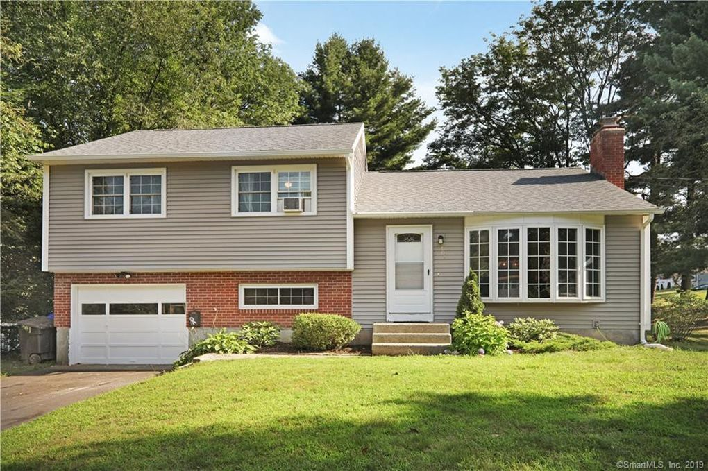 309 Jackson Rd, Enfield, CT 06082