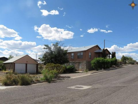Photo of 618 Poplar St, Truth or Consequences, NM 87901