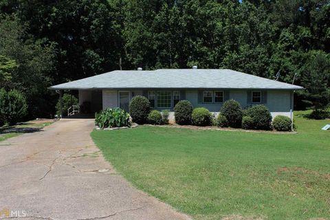 Photo of 1164 Roberts Dr, Sugar Hill, GA 30518