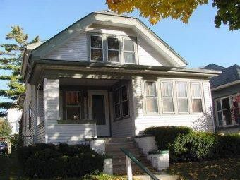3018 N Oakland Ave, Milwaukee, WI 53211