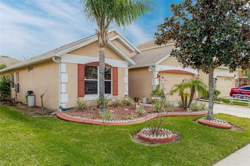 1044 Willow Branch Dr, Orlando, FL 32828