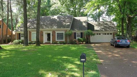 Photo of 8777 Johannesburg Dr, Germantown, TN 38139