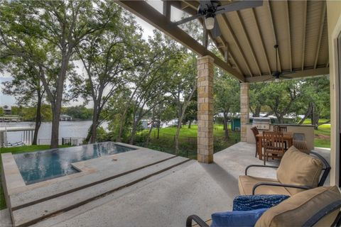 Photo of 2138 E Williams Lakeshore Dr S, Kingsland, TX 78639