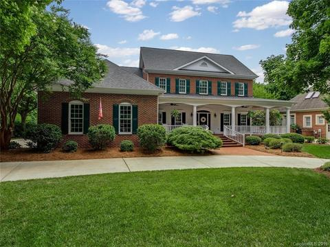 11207 Colonial Country Ln, Charlotte, NC 28277