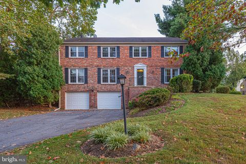 Photo of 9124 Copenhaver Dr, Potomac, MD 20854