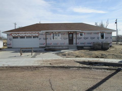 Photo of 400 Elbert Ct, Holcomb, KS 67851