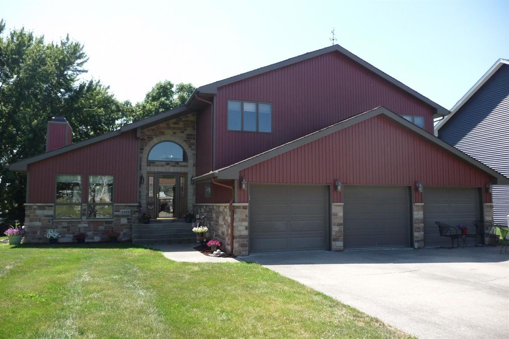 2499 E Lakeshore Dr Crown Point In 46307 Realtor Com