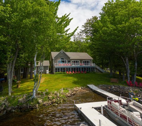 Photo of 831 Woodland Ave, Old Town, ME 04468