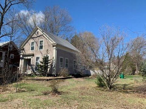 Photo of 3 Concord Ct, Ashland, MA 01721
