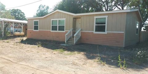 Photo of 14545 Uhl Ave, Clearlake, CA 95422