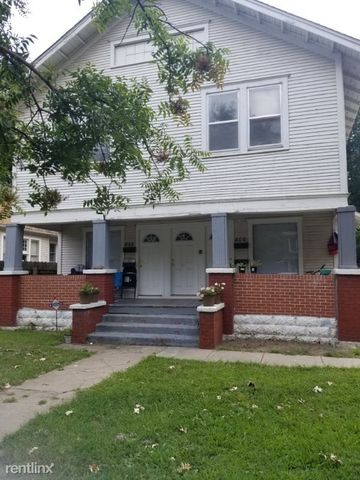 Photo of 806 N Nims St # 1 & 2, Wichita, KS 67203