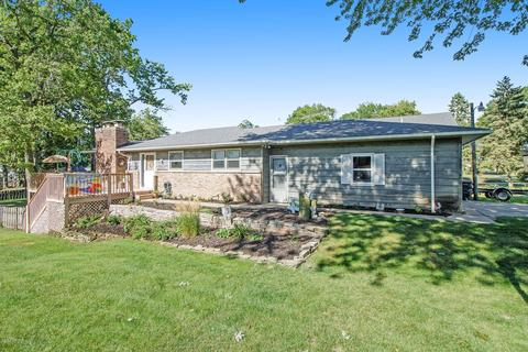 With Fenced Yard Homes For Sale In Scotts Mi Realtor Com