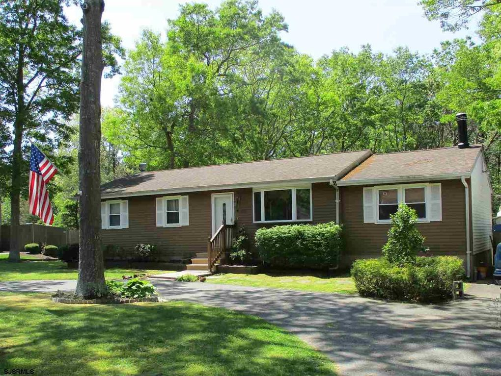 133 Crestview Ave, Absecon, NJ 08201