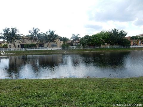 7840 Nw 110th Ave, Doral, FL 33178