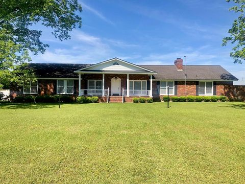 Photo of 686 Middle Rd S, Leesburg, GA 31763