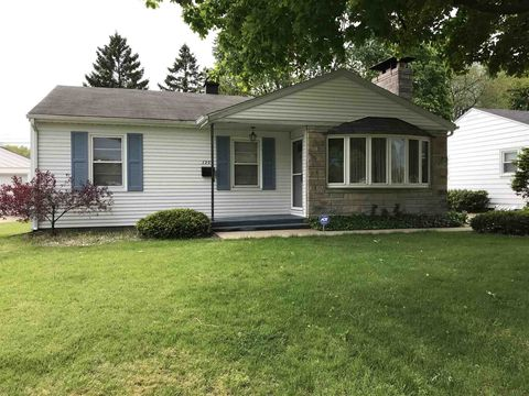 Photo of 1209 Sussex Dr, South Bend, IN 46628