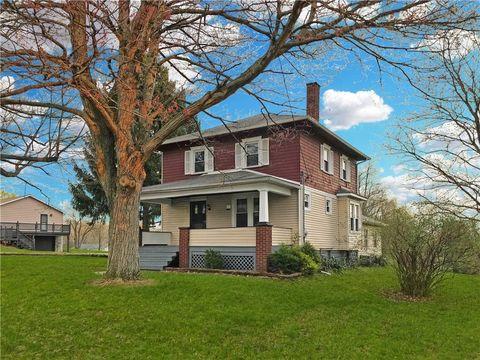 Photo of 434 Falls Ave, Neshannock, PA 16105