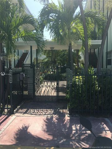Photo of 8550 Byron Ave Apt 1 G, Miami Beach, FL 33141