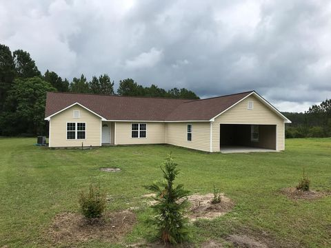 Photo of 45 Quail Cir, Hazlehurst, GA 31539