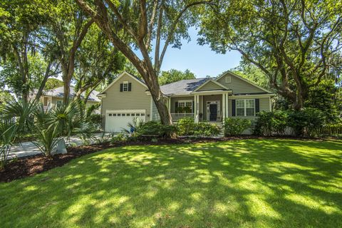 Photo of 2261 Magnolia Meadows Dr, Mount Pleasant, SC 29464