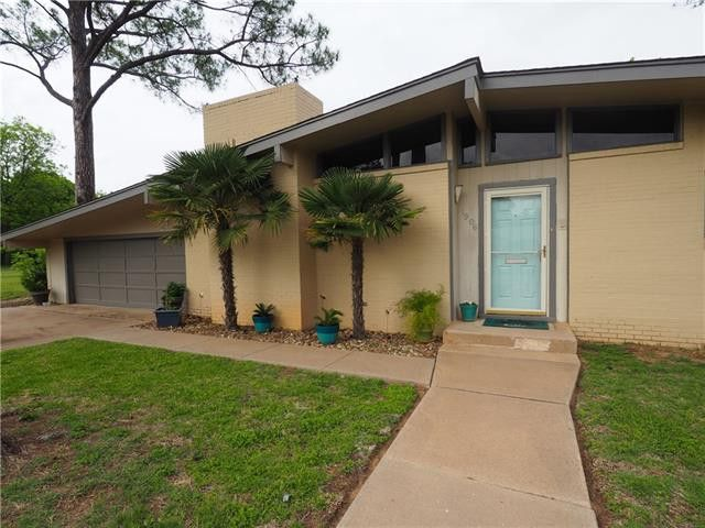 1906 9th St, Brownwood, TX 76801  Th Street Brownwood Tx Map on