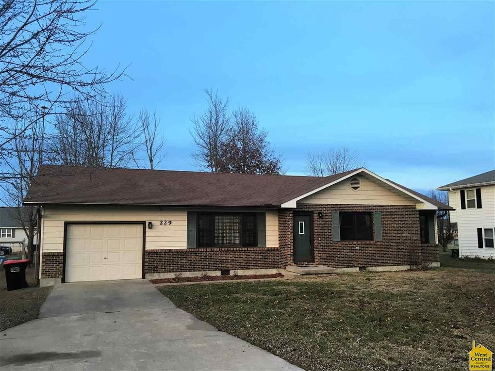 229 Shawn Ave, Lincoln, MO 65338