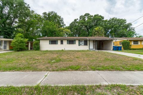 Photo of 6718 Cavalier Rd, Jacksonville, FL 32208