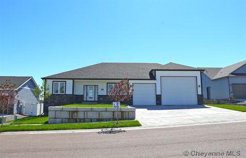 Photo of 1211 Hess Ave, Cheyenne, WY 82001