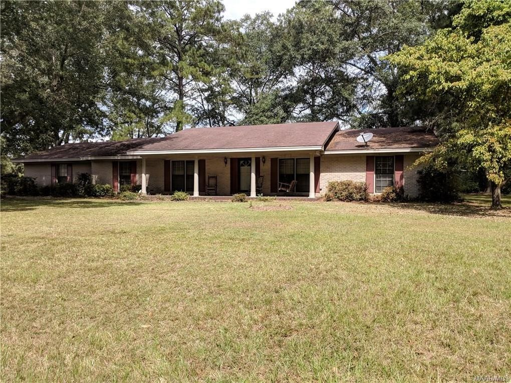 2985 Lakeview Ct, Millbrook, AL 36054