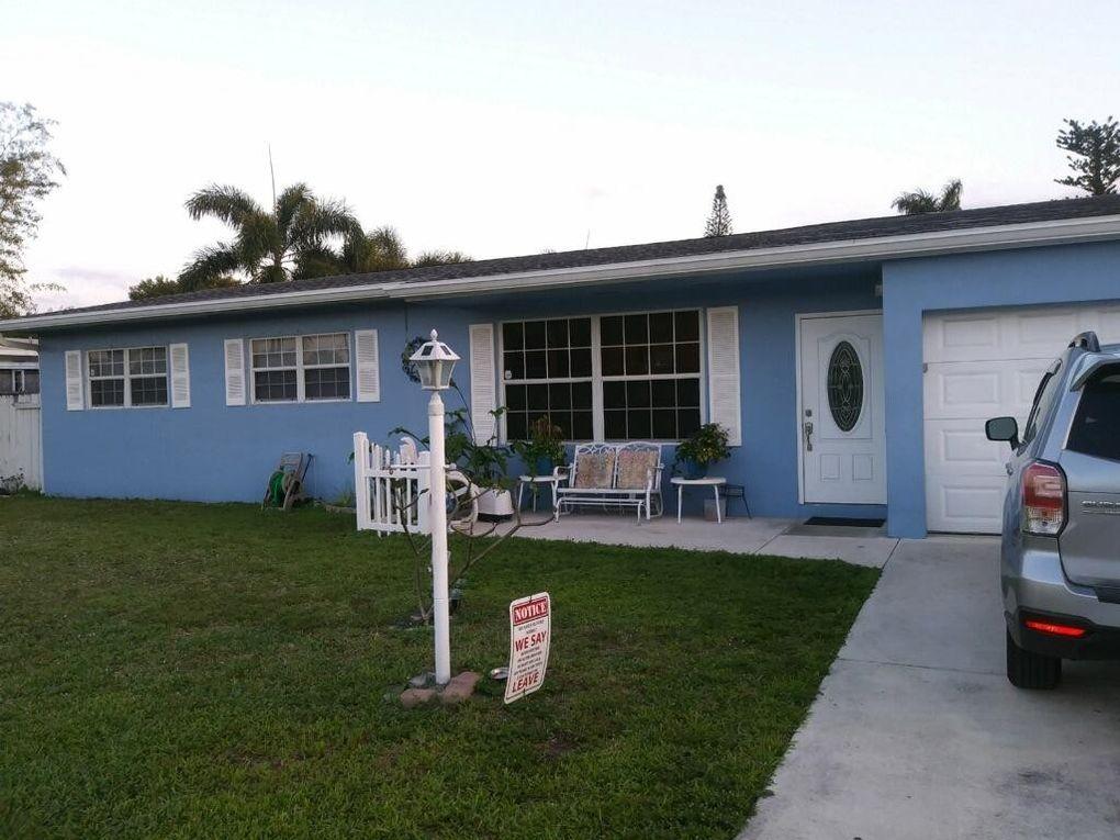 4120 Collin Dr, West Palm Beach, FL 33406