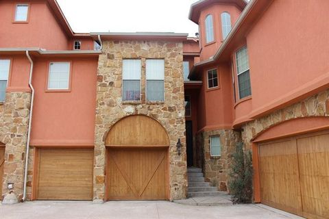Photo of 2625 Villa Di Lago Unit 5, Grand Prairie, TX 75054