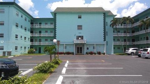 4401 NW 41st St Apt 308, Lauderdale Lakes, FL 33319