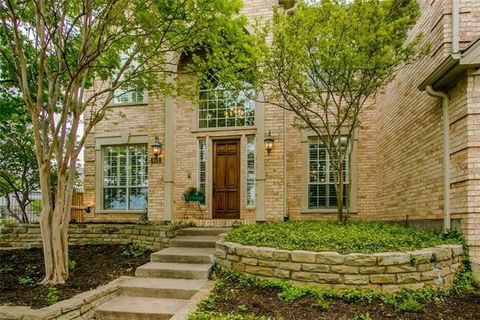 Photo of 801 Woodhaven Dr, Highland Village, TX 75077