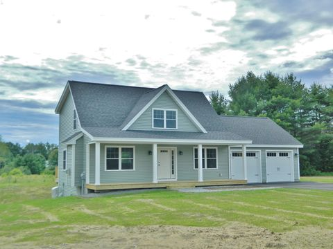 Photo of 68 Quarry Cove Rd, Raymond, ME 04071