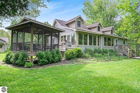 Irons, MI Real Estate - Irons Homes for Sale - realtor com®