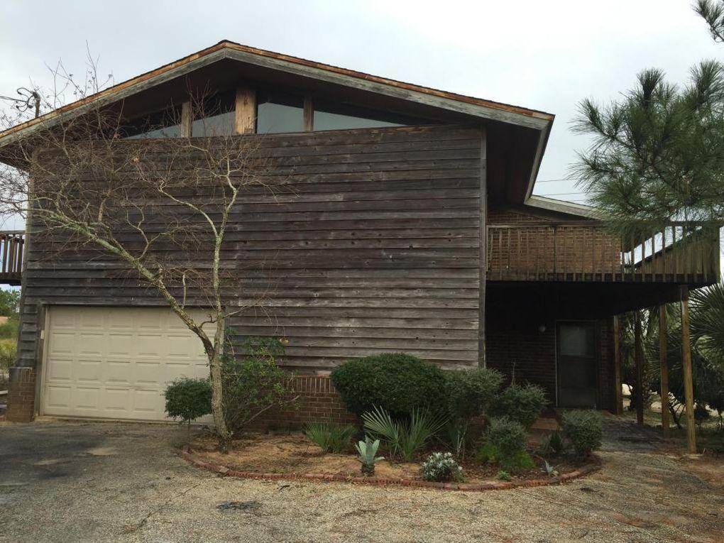 603 Pelican Dr, Fort Walton Beach, FL 32548