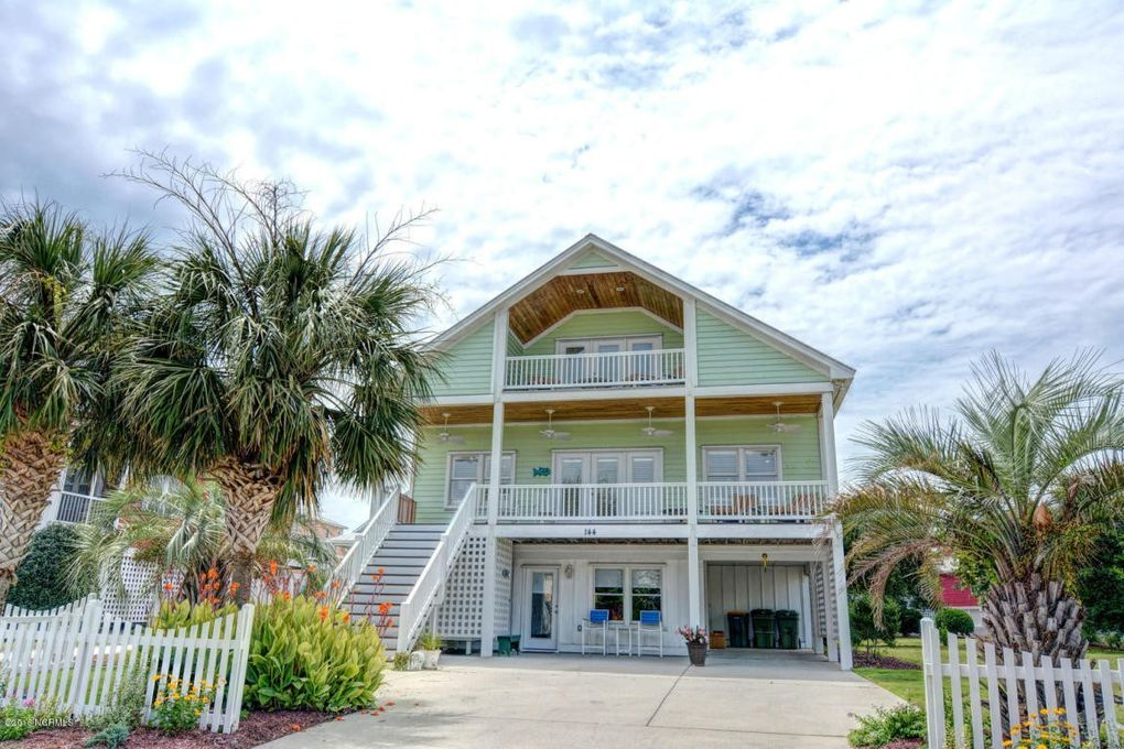 kure beach single parent personals Choose your single parent family or solo holiday new for 2019 we have a fantastic range of single parent holidays and solo holidays to choose from whether you are looking for a luxury beach holiday in a 5-star hotel, a winter sports holiday in a top ski resort or a fun farm holiday – we have it covered.