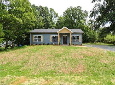 Incredible Rockingham County Nc New Homes For Sale Realtor Com Home Interior And Landscaping Ologienasavecom