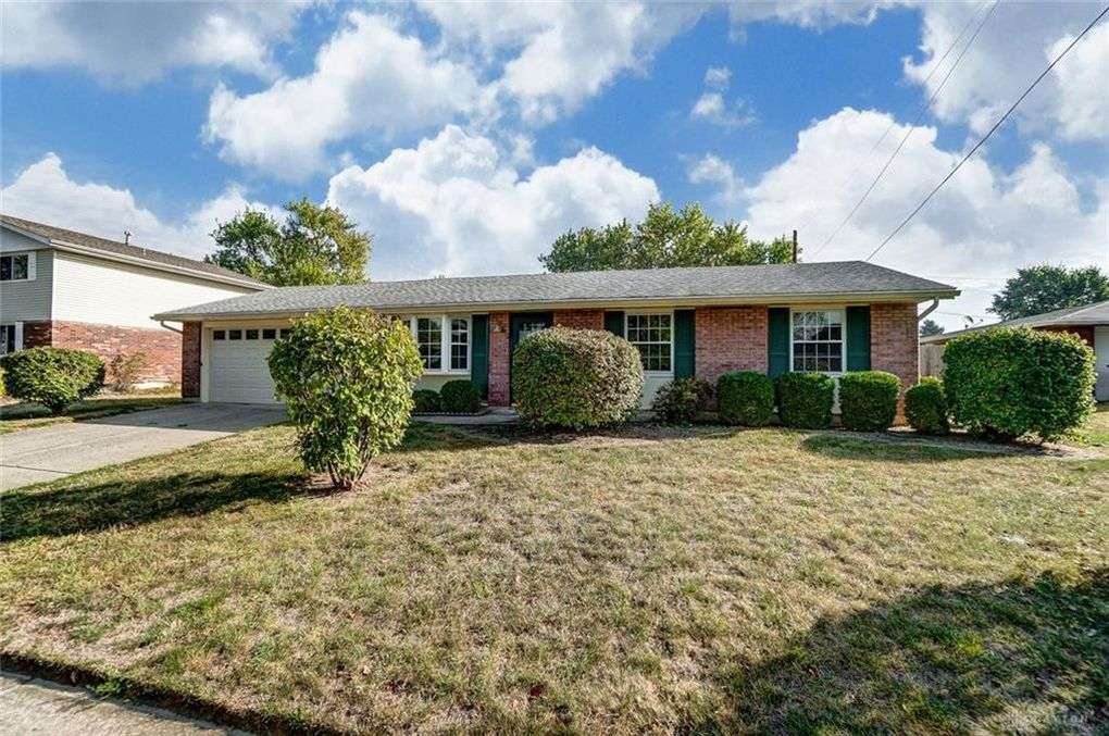 1751 Wilshire Dr Xenia, OH 45385