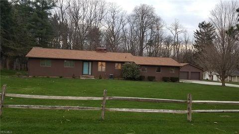 Photo of 10635 Liberty St, Garrettsville, OH 44231