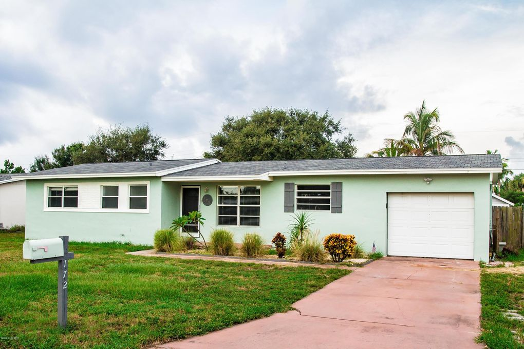 04e16ba0c 172 Eden Ave, Satellite Beach, FL 32937 - realtor.com®