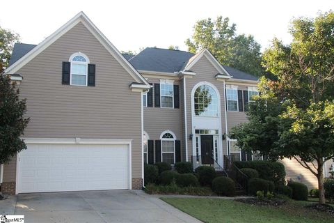 Photo of 41 Waters Reach Ln, Simpsonville, SC 29681