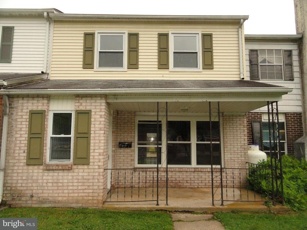 203 Madison Ct Quakertown, PA 18951
