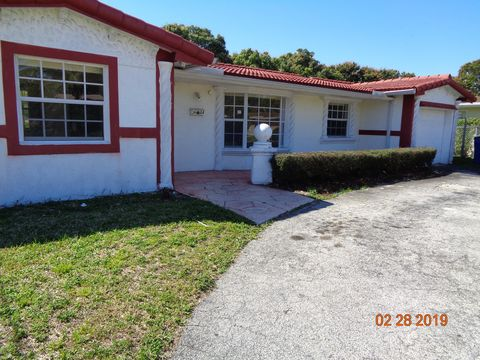 Photo of 3684 Nw 27th St, Lauderdale Lakes, FL 33311