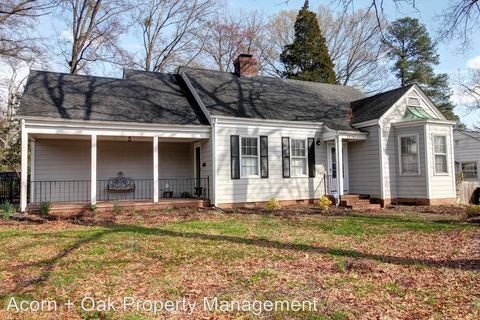Photo of 2614 N Roxboro St, Durham, NC 27704